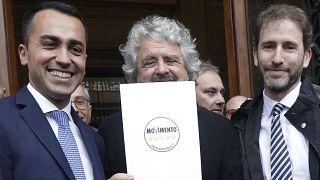 Beş Yıldız Haeketi eski Genel Başkanı Luigi di Maio, hareketin kurucusu Beppe Grillo ve Rousseau Platformu direktörü Davide Casaleggio.