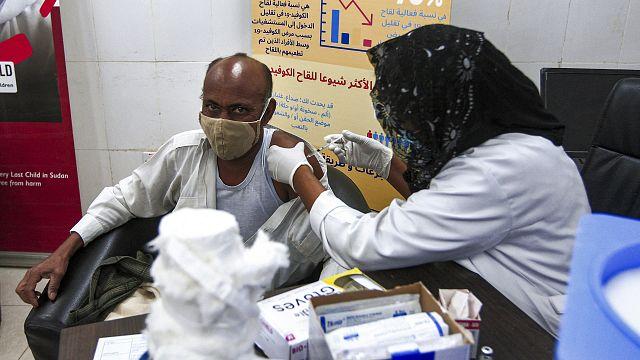 Soudan : des agents de santé immunisés contre le coronavirus