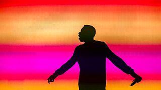 Árnykép színesben (illusztráció)