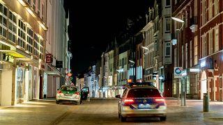 دخول إجراءات حظر التجوال في مدينة دوسلدورف الألمانية وسط انتشار موجة جديدة من الاصابات بفيروس كورونا