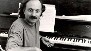 Φωτογραφία από το προσωπικό αρχείο του μουσικοσυνθέτη Μάριου Τόκα