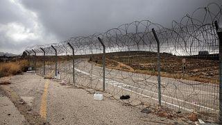 جزء من جدار الفصل الإسرائيلي بالقرب من مستوطنة بيت حورون في الضفة الغربية
