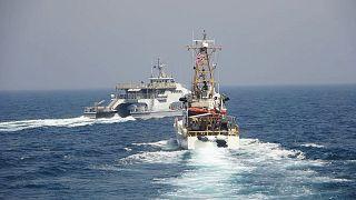 رویارویی کشتی مونوموی با شناور سپاه پاسداران در خلیج فارس