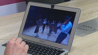 Греция: классическая музыка через виртуальную реальность