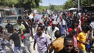 Somalis flee Mogadishu over fear of new armed clashes
