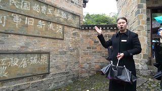 Führung im Museum von Zunyi