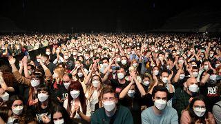 """حضر خمسة آلاف شخص حفل """" لوف أوف ليزبيان""""  في أواخر آذار /  مارس - برشلونة"""