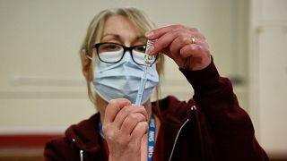 İngiltere'de aşı kampanyası