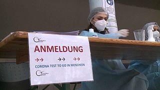 Pruebas de coronavirus en Berlín a la entrada a las mezquitas
