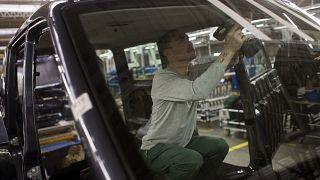 Сборка автомобиля на заводе УАЗ