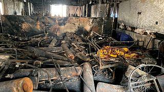 وحدة العناية المركزة بمستشفى ابن الخطيب إثر حريق اندلع مساء السبت الماضي أدى إلى مقتل أكثر من 80 شخصاً وإصابة أكثر من 100 آخرين في بغداد -العراق