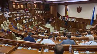 La presidenta moldava, la europeísta Maia Sandu, disolvió el Parlamento