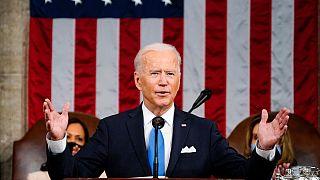 الرئيس الأمريكي جو بايدن في خطابه أمام الكونغرس في مبنى الكابيتول في واشنطن، 28 أبريل 2021