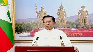 قائد المجموعة العسكرية الحاكمة في ميانمار الجنرال مين أونغ هلاينغ، 18 نيسان/أبريل 2021