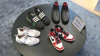 Wie viele Millionen für die Schuhe von Michael Jordan? Sotheby's versteigert Sneaker