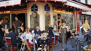 "Menschen im Pariser Restaurant ""Le Reveil du Xth"", 25.06.2018"