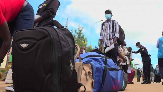 The Burundian refugees returning home from Rwanda