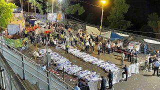 اجساد قربانیان ازدحام جمعیت در گردهمایی مذهبی در اسرائيل
