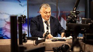 Orbán Viktor magyar kormányfő interjút ad a Kossuth Rádió stúdiójában 2021. április 23-án