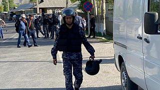 نیروهای قرقیزستان در منطقه مورد مناقشه