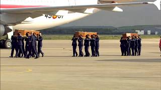 Llegan a España los cuerpos de los periodistas asesinados en Burkina Faso