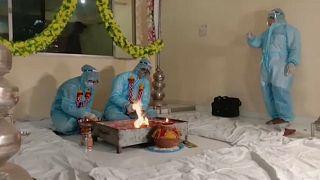 Casamento na Índia em tempo de pandemia
