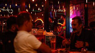 Türkiye'de bir gece kulübü
