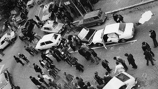 16 marzo 1978, la polizia interviene in via Fani dopo il sequestro di Aldo Moro