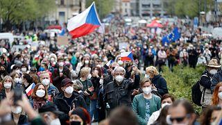 اعتزاض چکی ها به دولت