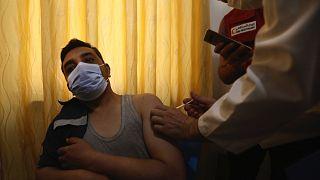 Suriye'nin kuzeyinde Covid-19 aşı kampanyası