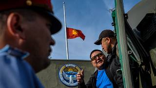 Kyrgyzstan and Tajikistan agree to ceasefire after 40 die in fresh fighting