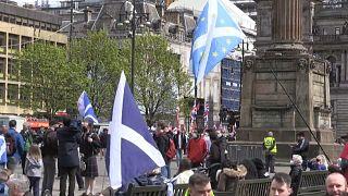 Unabhängigkeitsbefürworter und -gegner demonstrierten am Samstag in Glasgow