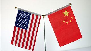 ABD ve Çin bayrakları