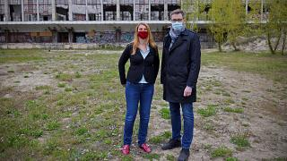The site of the proposed Chinese campus, with Budapest's mayor Gergely Karacsony (right), who opposes the plan