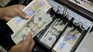 Venezual parası Bolivar ve ABD Doları