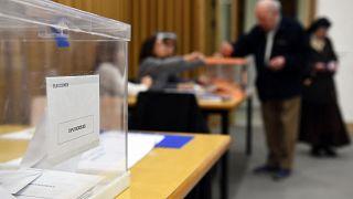 الاقتراع في مدريد خلال الانتخابات العامة في إسبانيا في 10 نوفمبر 2019.
