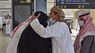 السعودية نيوز |      السعودية تعلن السماح لمواطنيها الذين تلقوا لقاح كوفيد بالسفر