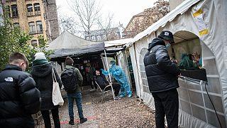 Tamponi al Kitkatclub di Berlino