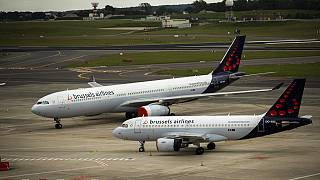 Brussels Airlines reported Thursday, March 4, 2021, a loss of 293 million euros in the financial year 2020 mainly due to travel disruptions linked to the coronavirus pandemic.