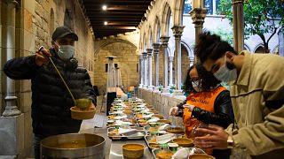 İspanya'nın Barselona şehrinde Ramazan ayı boyunca iftar yemeği veren bir kilise