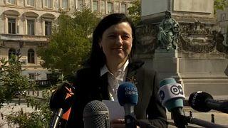 Vera Jourova sajtótájékoztatót tart Brüsszelben