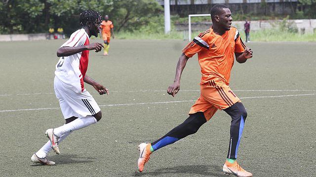 Gabon : le désespoir des footballeurs pour survivre
