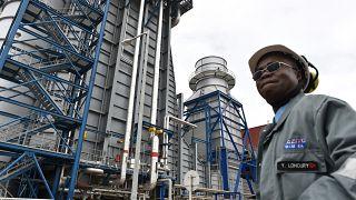 Les Ivoiriens vent debout contre les coupures de courant