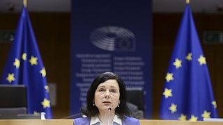 Avrupa Komisyonu üyesi Verá Jourová