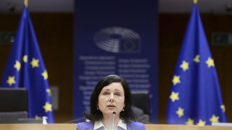 Avrupa Birliği basın özgürlüğünü AB hukuku çerçevesinde güvence altına almak için düğmeye basıyor