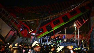 La rame du métro s'est brisée en deux en s'écrasant sur une avenue du sud de Mexico, le 4 mai 2021
