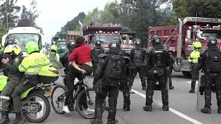 Grupos de tarnsportistas han bloquedo lagunas carreteras