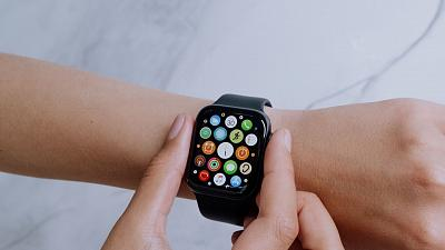 It could only be a matter of time until your Apple Watches are powered efficiently by sweat