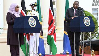 Tanzanie : Suluhu Hassan au Kenya, signature d'accords économiques