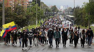 اعتراض کلمبیایی ها به طرح اصلاح مالیاتی